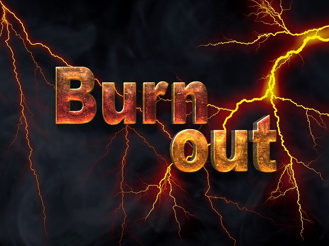 burnout-2166266_640.jpg